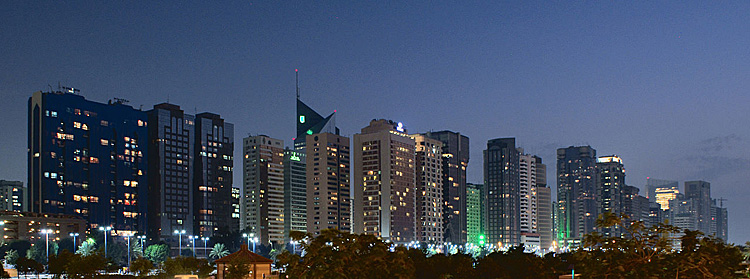 Abu_Dhabi_skyline_night_(Nepenthes)_a